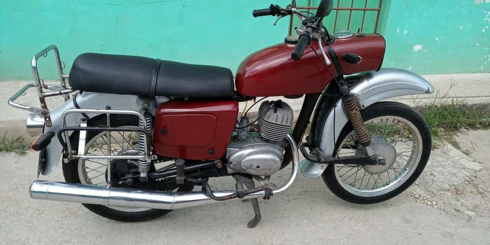 Autos > Motos / Scooters: MZ 150 trophy rodando ok 52940694 en La Habana, Cuba | Anuncios